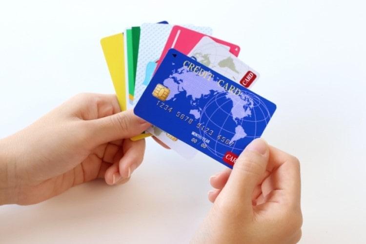徹底解説!クレジットカードのキャッシングとカードローンの違いとは?